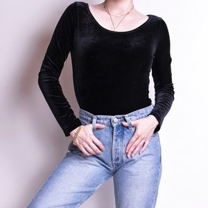 Vintage 90s black velvet scoop neck shirt top